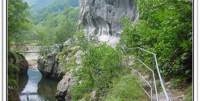 Domogled Cerna Valley