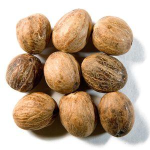 Nutmeg Usage And Production Around The World   VeggiesInfo #Nutmeg #Nuts #Seeds #Nutsandseeds #Usage #Production #food #Veggies #Veggiesinfo #Nutritions #Remedies #Fitness Find out the nutmeg oil and its uses: http://veggiesinfo.com/nutmeg/