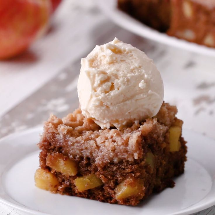 Apple Crumble Blondies // #dessert #apples #blondies #fall #baking #recipe #Tasty