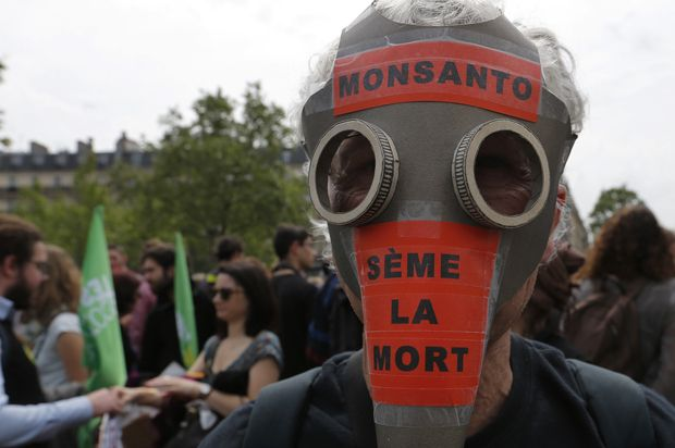 German pharma giant Bayer AG covets Monsanto's business units — but they come…