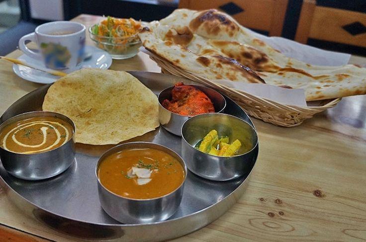 インド・ネパール料理ビハニ 六条店 2種のカレーが付くランチ