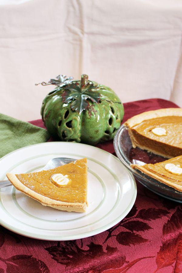 Pumpkin Pie Without Canned Milk Classic Thanksgiving Dessert Recipe In 2020 Pumpkin Pie Pumpkin Pie Recipes Homemade Pumpkin