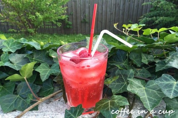 cocktail hour: raspberry delight