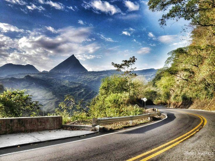https://flic.kr/p/CmSkaq   Cerro Tusa   #Cerro #Tusa