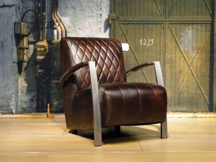 Vintage leren fauteuil Edmund - ROBUUSTE TAFELS! Direct uit voorraad of geheel op maat >>