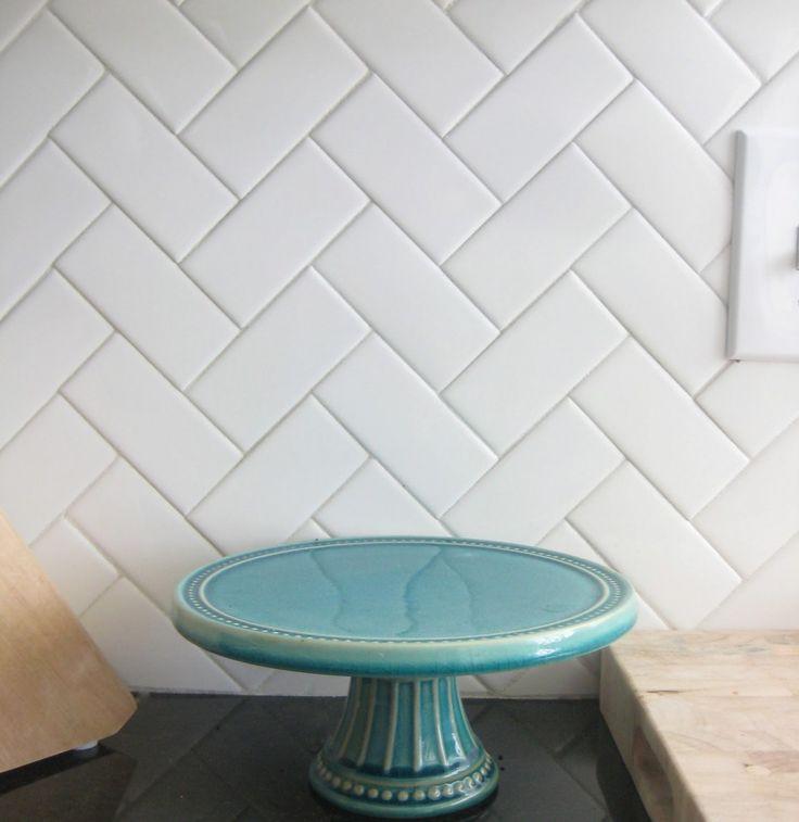 Kitchen Wall Tiles Patterned: 1000+ Ideas About Chevron Pattern Decor On Pinterest