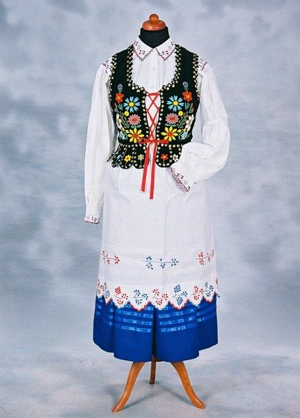 Folk costume from Rzeszów region, Poland.