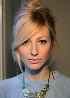 Fine 1000 Ideas About Side Swept Bangs On Pinterest Side Sweep Bangs Short Hairstyles Gunalazisus