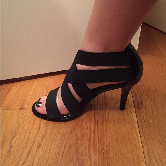 Strappy black heels Cute and comfortable. Straps are stretchy so they fit all feet! Low heel - only worn once! Tahari Shoes Heels Clothing, Shoes & Jewelry : Women : Shoes : heels http://amzn.to/2l3ZKiR