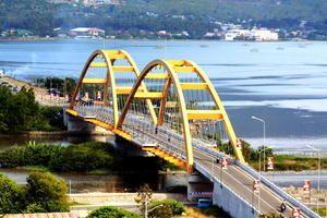 jembatan palu 4