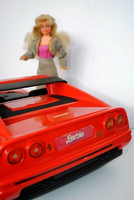 ferrari / Dia a Dia Barbie Dona de Casa anos 80 / 90