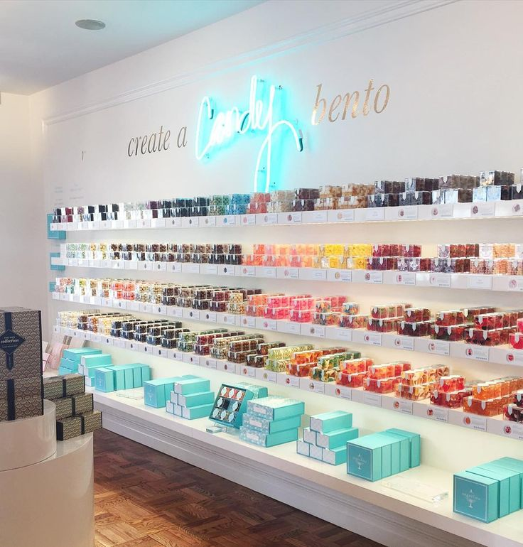 """65 Likes, 6 Comments - Jackie (@yorkavenue_) on Instagram: """"New @sugarfina on Madison! #candy #sugarfina """""""