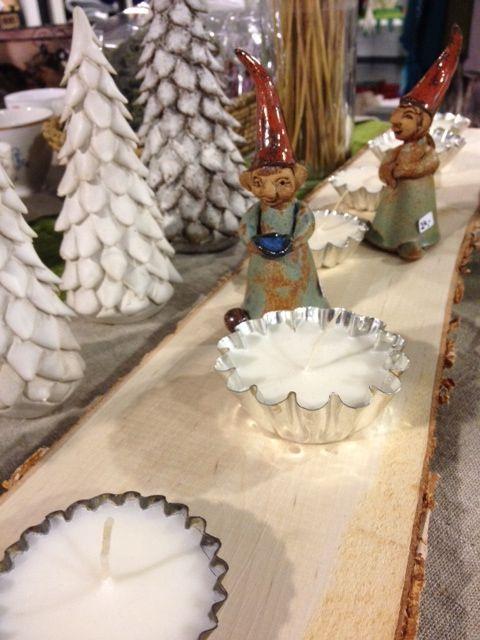 Aarnitontut seikkailevat...Ritityy-keramiikkaa, kynttilät ekoSiSun soijakynttilät, alustat kierrätettyjä