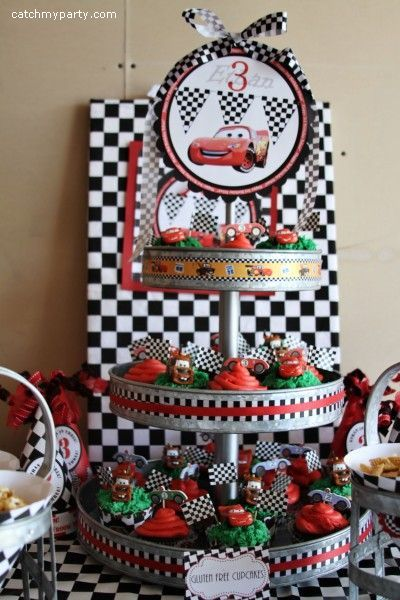 Decorate Cupcake Stand With Ribbon And Top Cupcakes Cars Now I Can Icing Buys To Add A
