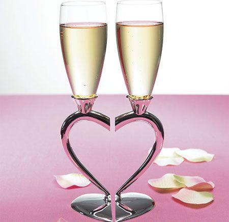 Heart-Shaped Stem Wedding Flutes: Brides Grooms, Heart Stem, Champagne Glasses, Interlocking Heart, Wedding Ideas, Glasses Flute, Silver Plates, Plates Interlocking, Heart Design