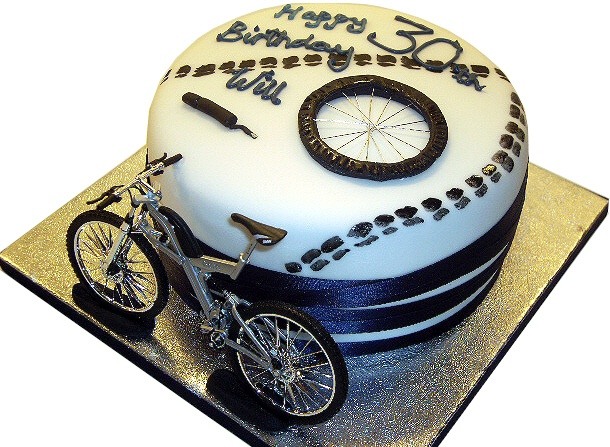 Cake Design Bike : 25 best images about Bicycle Cakes on Pinterest Bikes ...