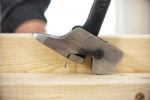 how to use bahco nail puller