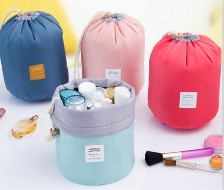 Barrel Shaped Travel Cosmetic Bag 웃 유 Nylon High Capacity Drawstring Elegant Drum © Wash Bags Makeup Organizer Storage Bag Hot 2015Barrel Shaped Travel Cosmetic Bag Nylon High Capacity Drawstring Elegant Drum Wash Bags Makeup Organizer Storage Bag Hot 2015