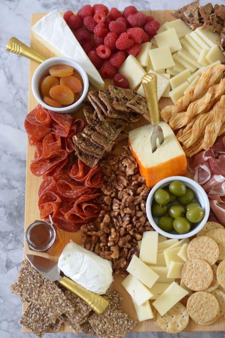 Cheeseboard. Fruit + cheese.