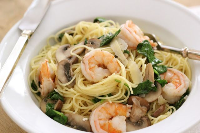 Angel hair with baby Bella's, shrimp,and spinach