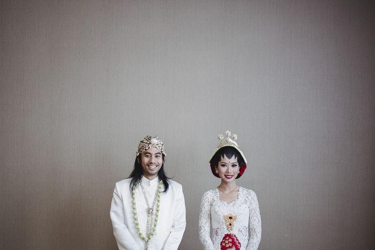Pernikahan Adat Jawa Rara dan Ben di Bandung