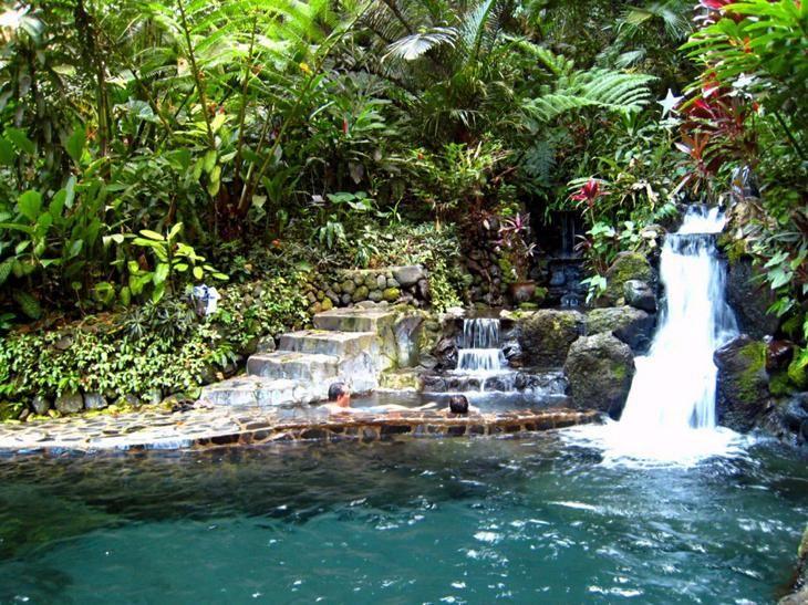 Водопад Скрытой Аллеи Белиз. Каякам здесь не место. Самые причудливые и величественные водопады планеты. Фото с сайта NewPix.ru