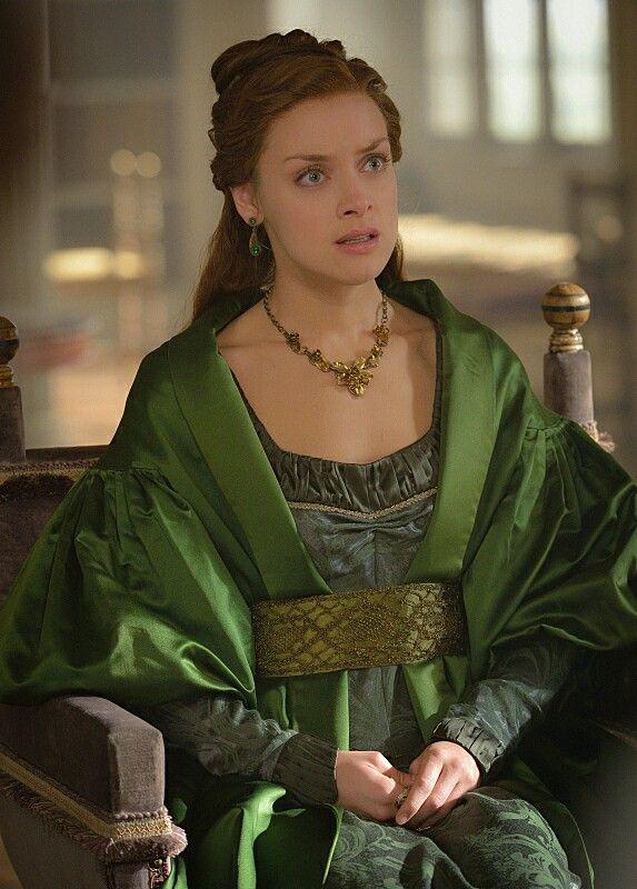 Reign, season 3, episode 9, 《Wedlock 》. Queen Elizabeth.