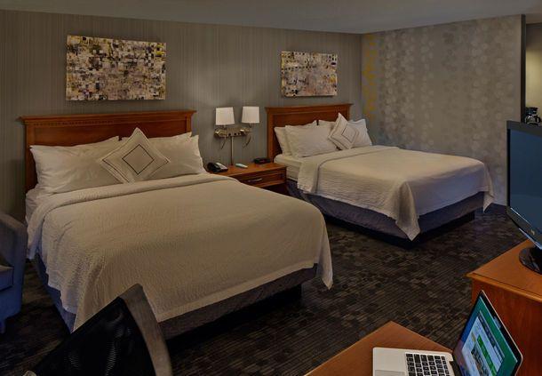 Courtyard Hartford Cromwell  - Queen/Queen Guest Room | CT 06416