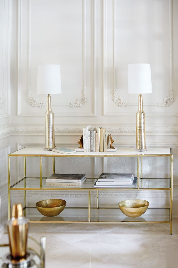 Brass console table | luxury furniture piece for a modern and elegant decor | http://bocadolobo.com #consoletables #modernconsoletables