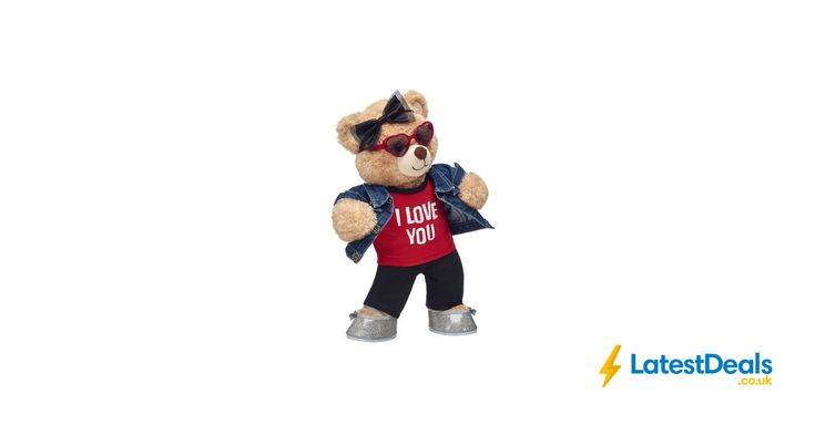 "Valentine's Day Special Happy Hugs ""I Love You"" Gift Set, £44.50 at Build-A-Bear UK"