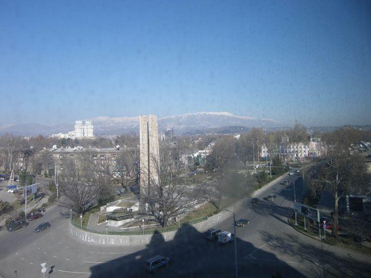 Duschanbe im Tadschikistan Reiseführer http://www.abenteurer.net/2971-tadschikistan-reisefuehrer/