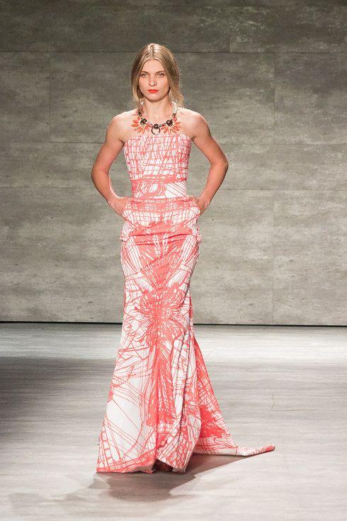 Top 9 dise adores latinos en el new york fashion week for California fashion designers directory