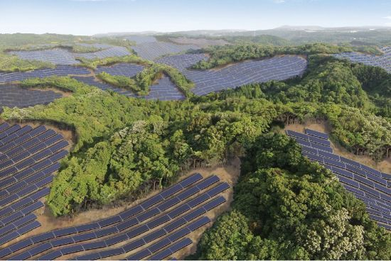 Campos de golfe abandonados são convertidos em usinas solares no Japão