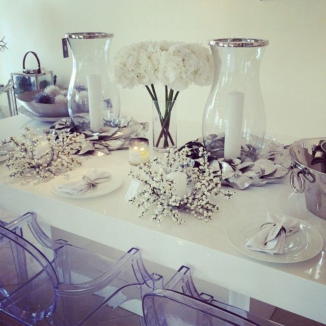 We are christmas ready!!! Come visit our pop up shop or shop our christmas collection online #abodeaustralia #abodeaustralia #christmas #christmasgifts #white #decor #decoration #love #designer #interiors #giftware