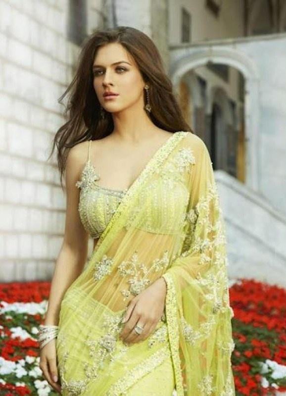 Indian fashion -  High Class http://www.fashioncentral.in/