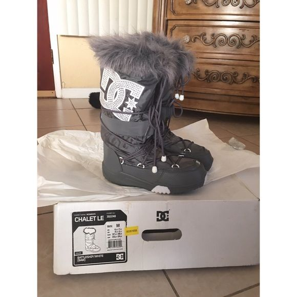 DC SnowBoard Boots New excellent condition DC boots! Comes with original box. Size medium fits 6.5-7.5. DC Shoes Athletic Shoes