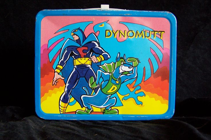 VINTAGE Lunch Box Scooby Doo Lunch box Thermos King Seeley 1976 DYNOMUTT FALCON Scooby Doo, via Etsy.