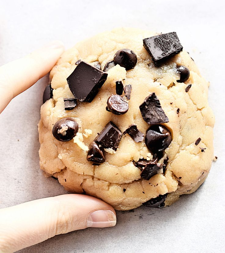 One Cookie Recipe, 6 Ways: learn how to make any single cookie recipe in 6 completely different ways! | TrufflesandTrends.com