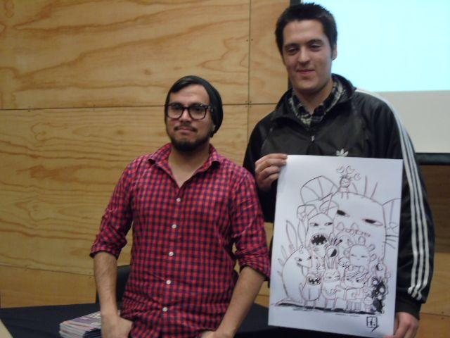 Felipe Lira, ilustrador de la portada del libro: Chile en viñetas para niños y el alumno ganador del dibujo.