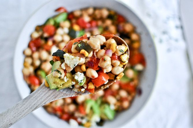 roasted summertime chickpea salad.: Chickpeas Salad, Summertime Chickpeas, Summer Chickpeas, Summer Salad With Chickpeas, Roasted Summertime, Healthy Recipes, Weights Loss, Chickpea Salad, Vegetarian Recipes