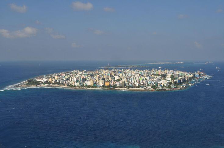 male-maldives-via-seaplane.jpg (3216×2136)