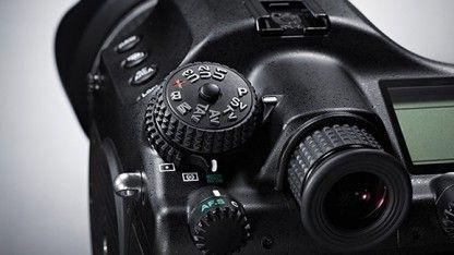 Pentax 645Z: Mittelformatkamera mit 51 Megapixeln und ISO 204.800 - Golem.de