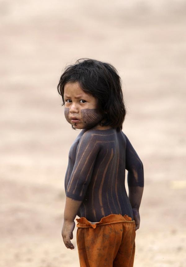 Indian child Xikrin, Brazil