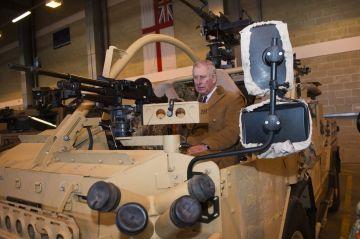 Prince Charles et Camilla Parker-Bowles en photos - Le prince de Galles prêt à l'attaque