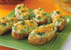Πατάτες ψητές με μπρόκολο και τυρί(3 μονάδες)