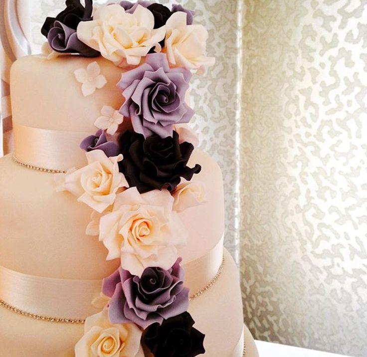 Laura & James's shades of purple #WeddingCake by @cakeywakey