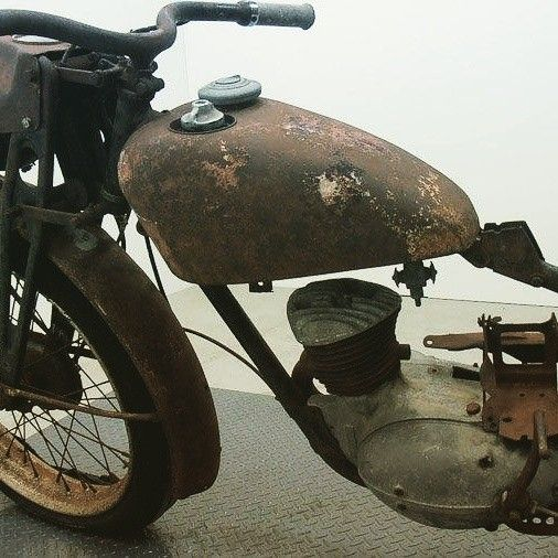 We're working hard at getting our community specifications pages updated, check out the #1949 #Harley Davidson S125. Remember you can create an account and follow any of the projects you're interested in, create specialty groups, find specs, buy and sell parts/bikes or even grab a free online garage for your own project(s). We'd love to have you part of our community