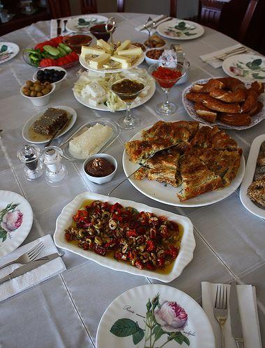Kahvaltı & Çeşnili Zeytinyağ – Yemek Zevki