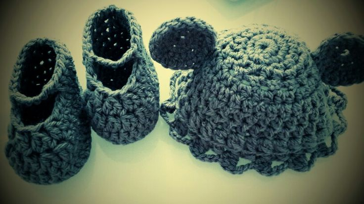 6-12 months Baby Booties with a cute funky Hat for only $35.00