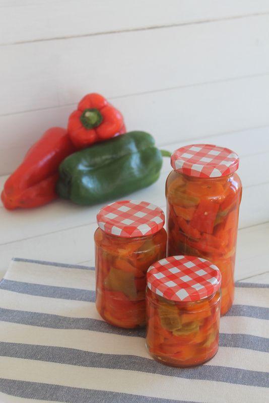 Cocina compartida: Pimientos en conserva para ensaladas y guarnición